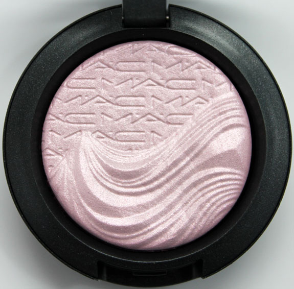 MAC In Extra Dimension Skinfinish Eye Shadow Young Venus