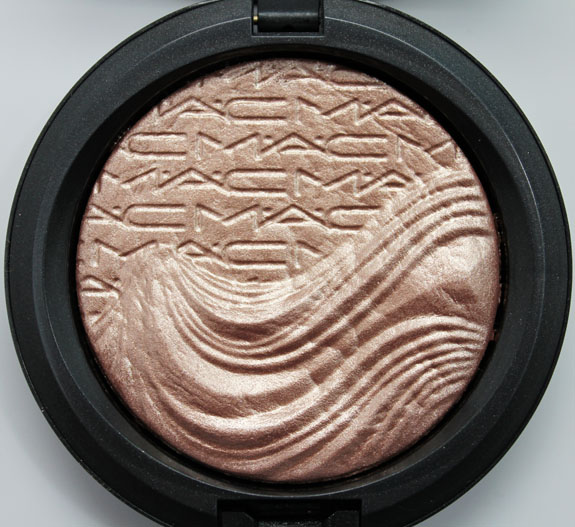MAC In Extra Dimension Skinfinish Superb