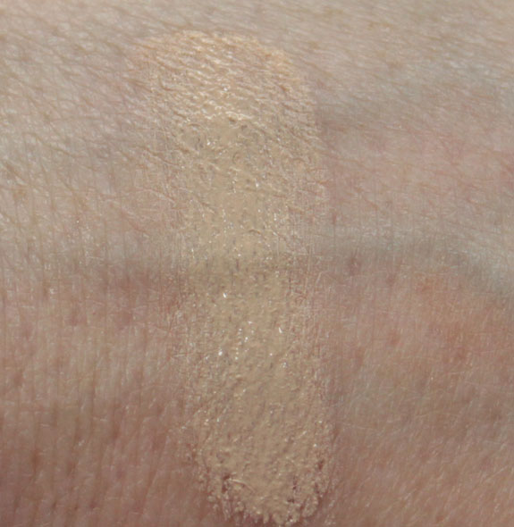 Revlon Colorstay Whipped Creme Makeup Swatch