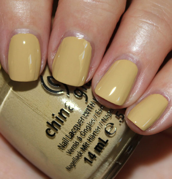 China Glaze Kalahari Kiss China Glaze On Safari Collection for Fall 2012 Swatches & Review