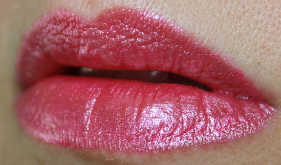 Kat Von D Foiled Love Liquid Lipstick Backstage Bambi Lip Swatch Kat Von D Foiled Love Liquid Lipstick in Backstage Bambi