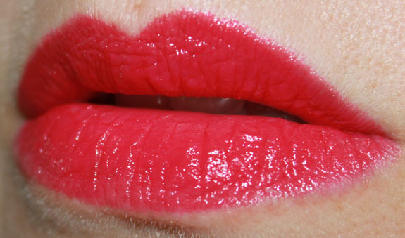 MAC Marilyn Monroe Love Goddess Swatch