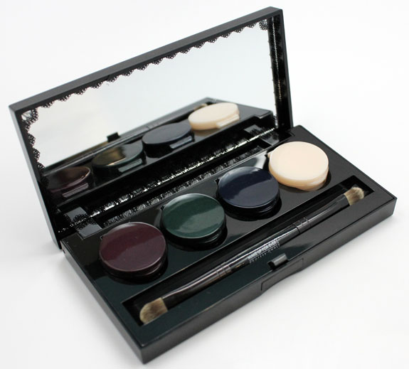 Make Up For Ever Black Tango 2