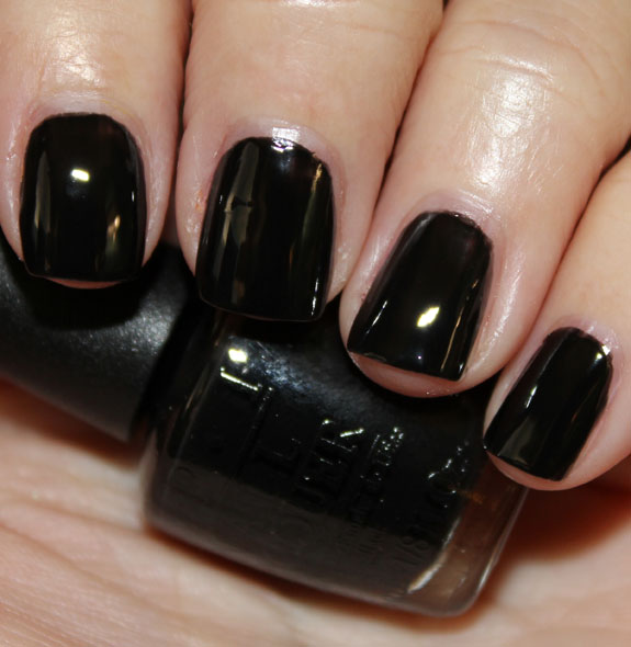 OPI Mourning Glory