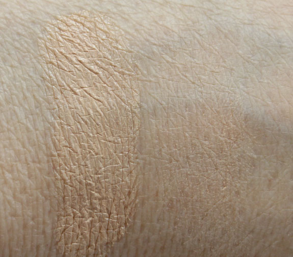 CoverFX Total COver Cream Foundation  Pressed Mineral Foundation Swatches