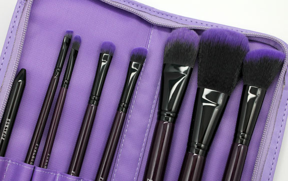Furless Cosmetics Purple Power Brush Set 3