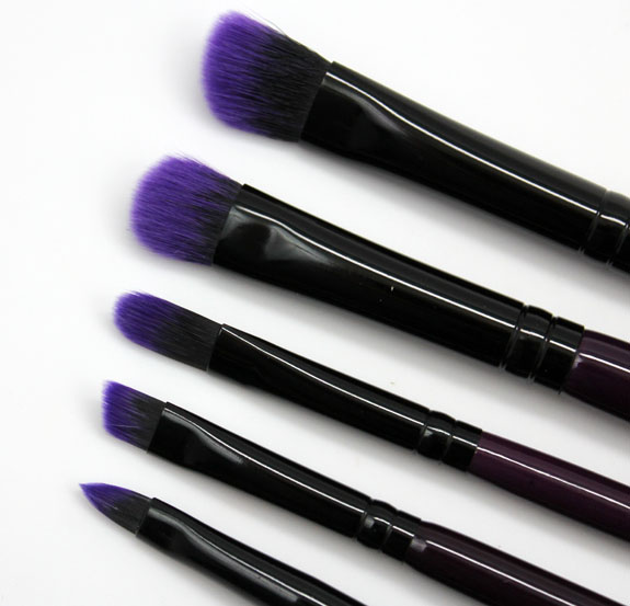 Furless Cosmetics Purple Power Brush Set 7