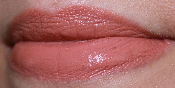Bobbi Brown Lip Color Nude Beige Swatch