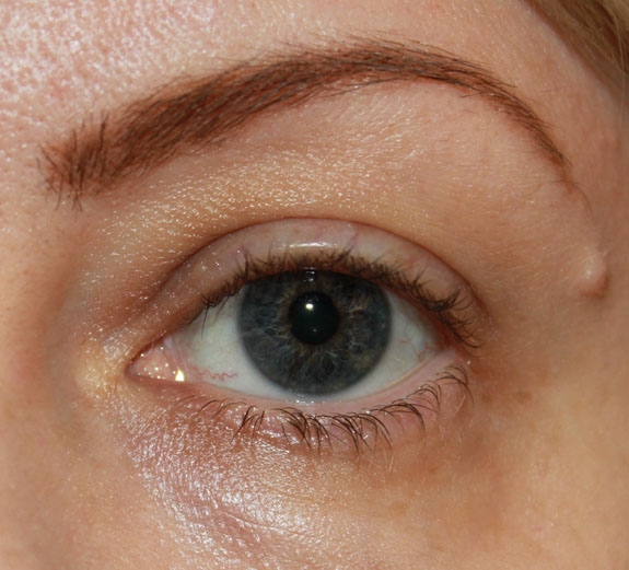 Brow with MAC Fluidline Brow Gelcreme in Dirty Blonde