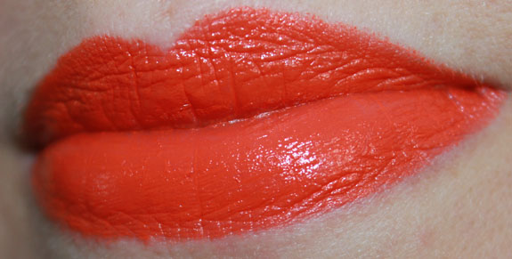 Milani Color Statement Lipstick Sweet Nectar Swatch