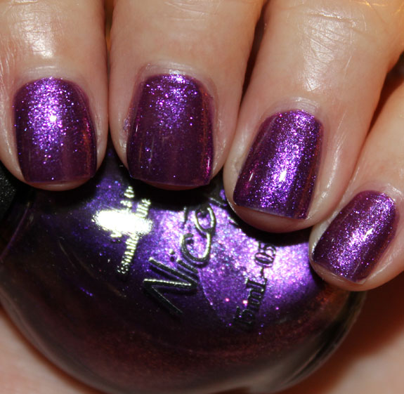 Nicole by OPI Back In My Gloria Days