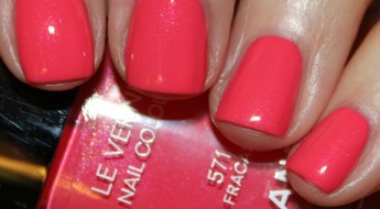 Chanel Le Vernis Fracas Swatch
