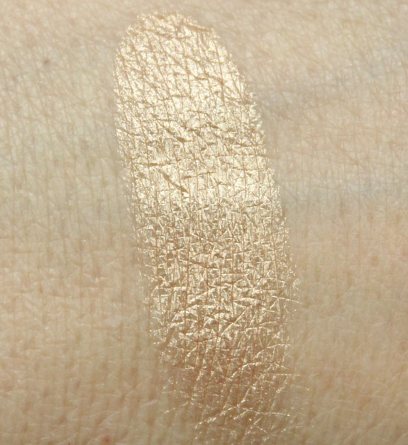 Estee Lauder Pure Color Illuminating Powder Gelee in Heat Wave Swatch