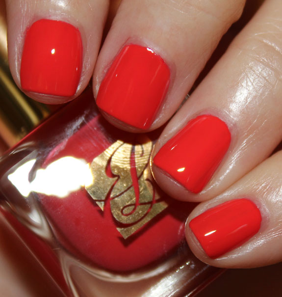 Estee Lauder Pure Color Nail Lacquer in Hot Spell