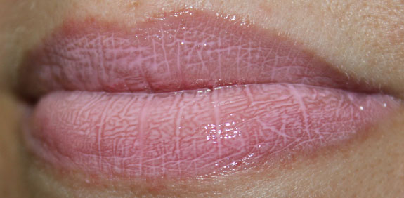 MAC Stay Sweet Lipglass