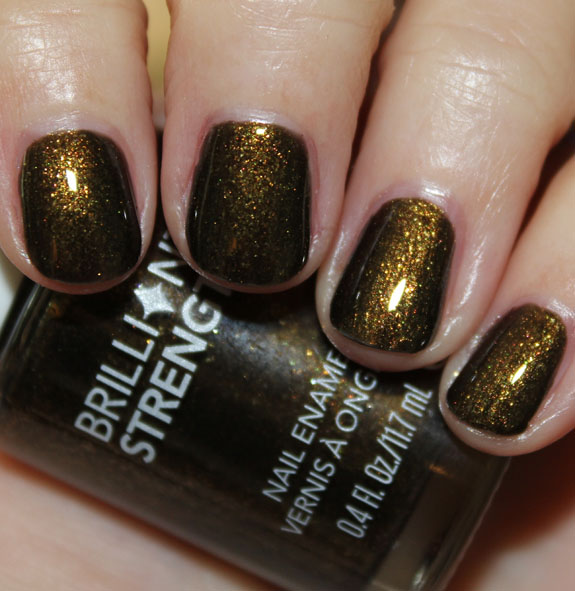 Revlon Brilliant Strength Nail Enamel in Enthrall
