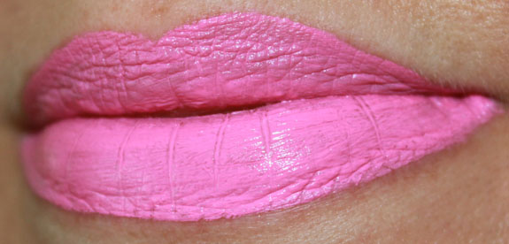 Wet n Wild Megalast Liquid Lip Color Click On My HyperPink