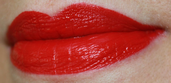 Wet n Wild Megalast Liquid Lip Color Red My Mind