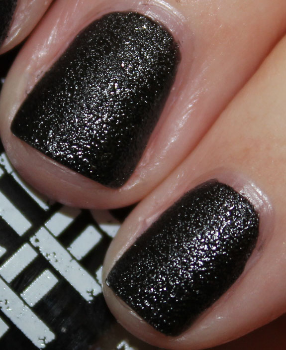 Nails Inc Leather Effect Noho-2