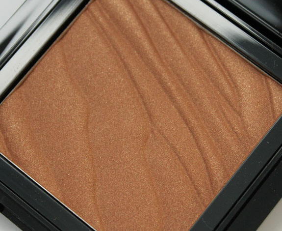 Buxom Hot Escapes Bronzer in Maldives
