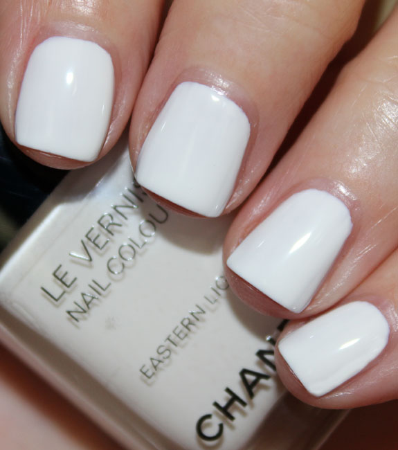 Chanel Vernis Eastern Light Western Swatches