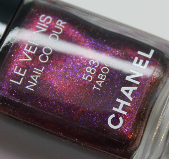 Chanel Le Vernis Taboo-2