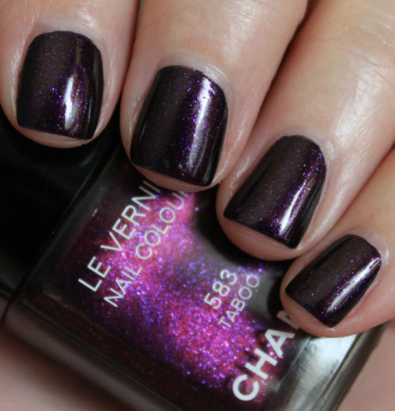 Chanel Taboo Swatch-4