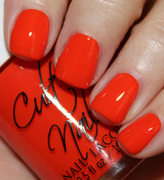 Cult Nails Ay Poppy!