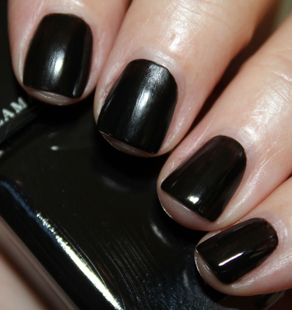 Illamasqua Scorn vs. Cult Nails Fetish | Vampy Varnish