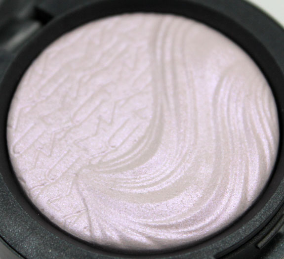 MAC Extra Dimension Eye Shadow in Triple Impact