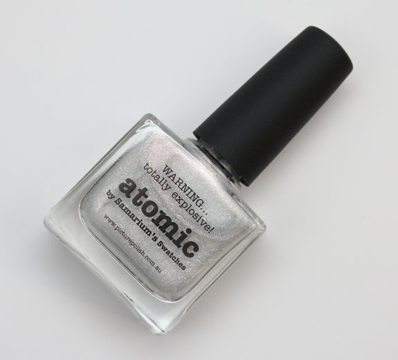 piCture pOlish Atomic by Samarium's Swatches