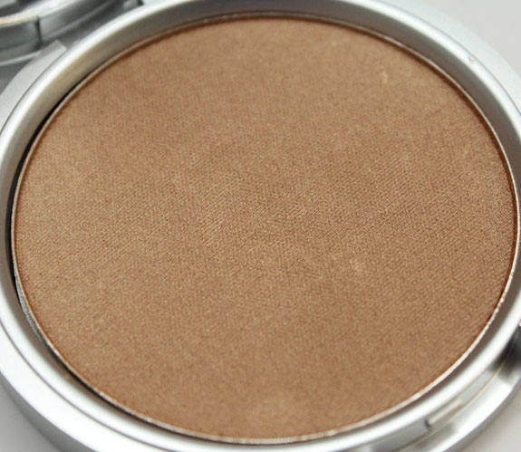 theBalm Betty-Lou Manizer-3