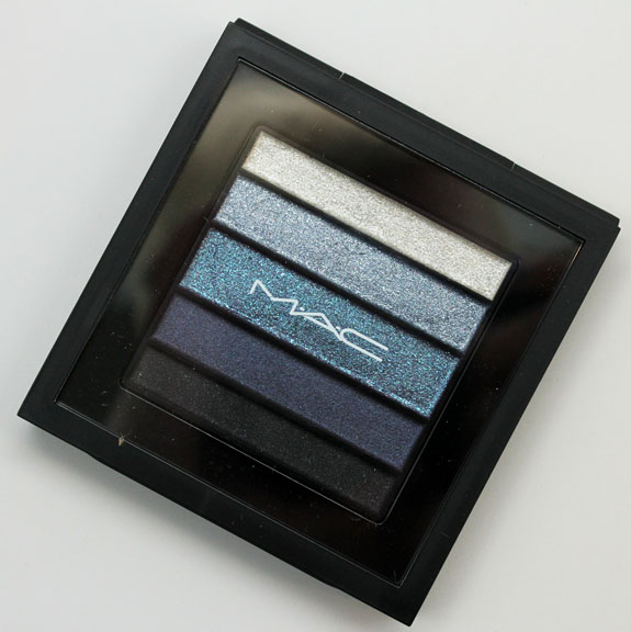 MAC Pearlfusion Shadow Bleuluxe