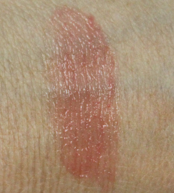 Korres Greek Yoghurt Nourishing Lip Coolers Swatch