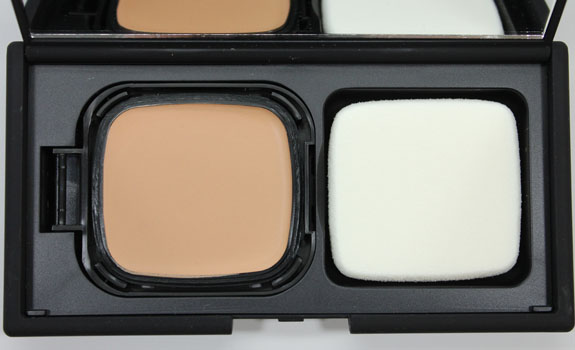NARS Radiant Cream Compact Foundation-3