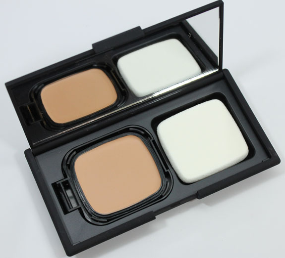 NARS Radiant Cream Compact Foundation-4