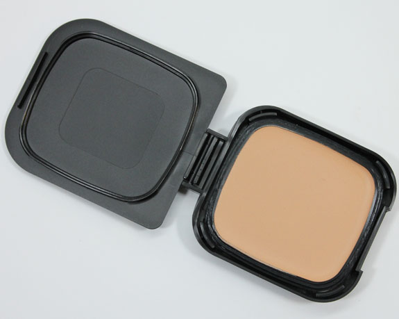 NARS Radiant Cream Compact Foundation-6