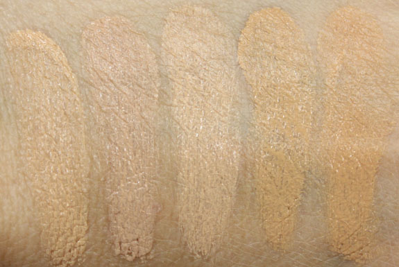 NARS Radiant Cream Compact Foundation Swatches-2