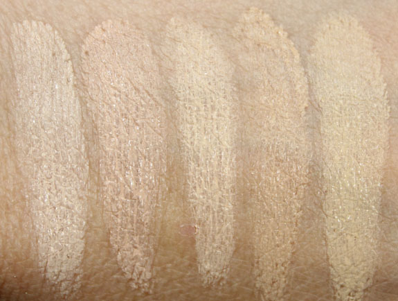NARS Radiant Cream Compact Foundation Swatches