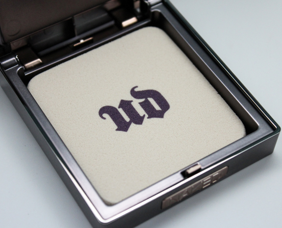 Urban Decay Naked Skin Ultra Definition Pressed Finishing Powder-4