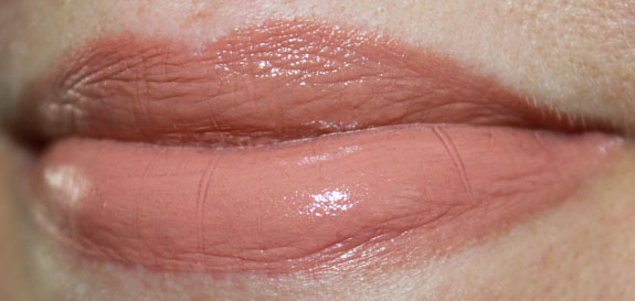 Urban Decay Revolution Lipstick Naked 2