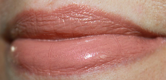 bareMinerals Marvelous Moxie Lipstick Take Charge Swatch