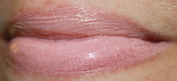 MAC Sheen Supreme Lipstick Pret A Pretty MAC So Supreme Collection Swatches and Review