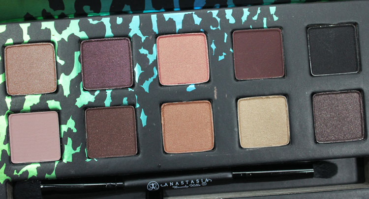 Anastasia Catwalk Eye Shadow Palette-4