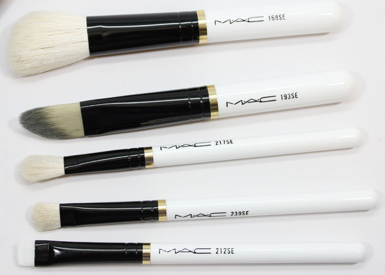 MAC Stroke Of Midnight Brush Kit Essentials-2