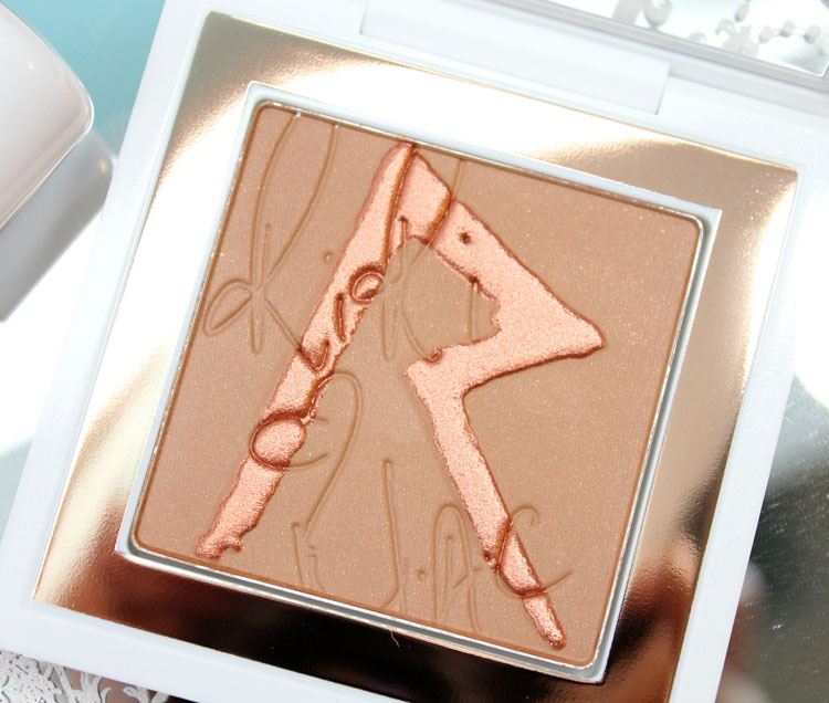 RiRi Hearts MAC Bronzing Powder Love, Rihanna