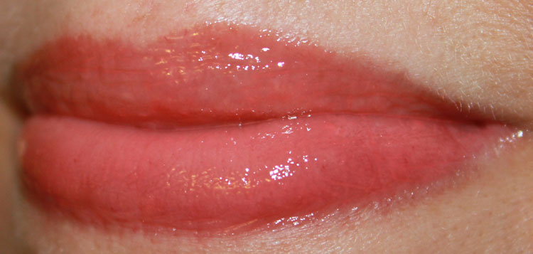 Milani Brilliant Shine Lip Gloss Coral Crush