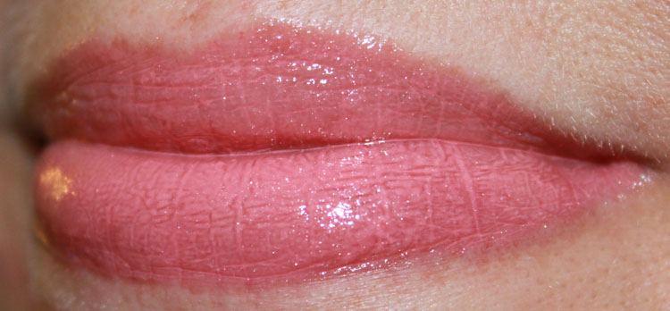 NYX Mega Shine Lip Gloss Nude Peach