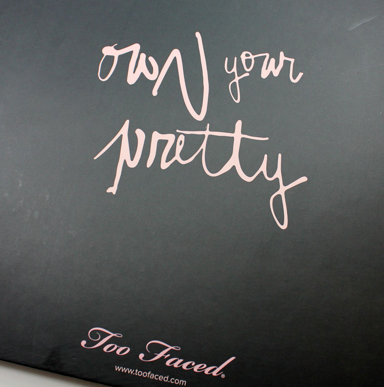 Too Faced The Little Black Book of Bronzers-8