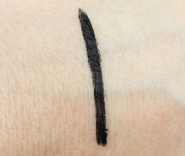 Benefit They're Real! Push-Up Liner Swatch